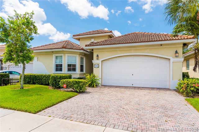 2460 Victoria Pt, West Palm Beach, FL 33411 (MLS #A10508484) :: Green Realty Properties