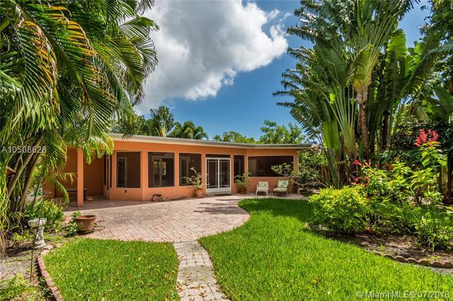 1616 NE 6th St, Fort Lauderdale, FL 33304 (MLS #A10508628) :: The Riley Smith Group