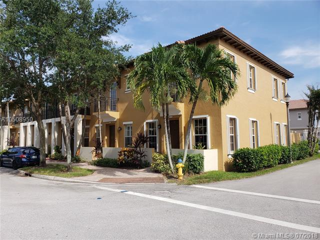 14632 SW 5th St 2-5, Pembroke Pines, FL 33027 (MLS #A10508950) :: Stanley Rosen Group