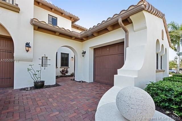 9420 Eden Mnr, Parkland, FL 33076 (MLS #A10509732) :: Green Realty Properties