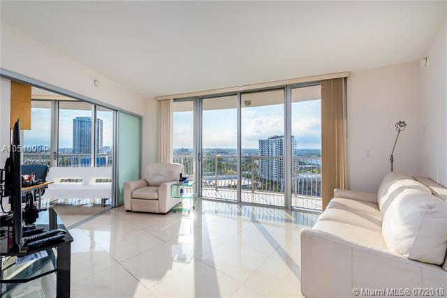 1750 N Bayshore Dr #2015, Miami, FL 33132 (MLS #A10510094) :: Green Realty Properties