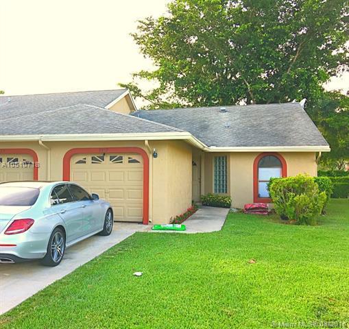 9819 NW 76th Ct #3820, Tamarac, FL 33321 (MLS #A10510718) :: Green Realty Properties