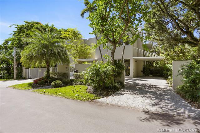 4190 Battersea Rd, Coconut Grove, FL 33133 (MLS #A10511307) :: Green Realty Properties