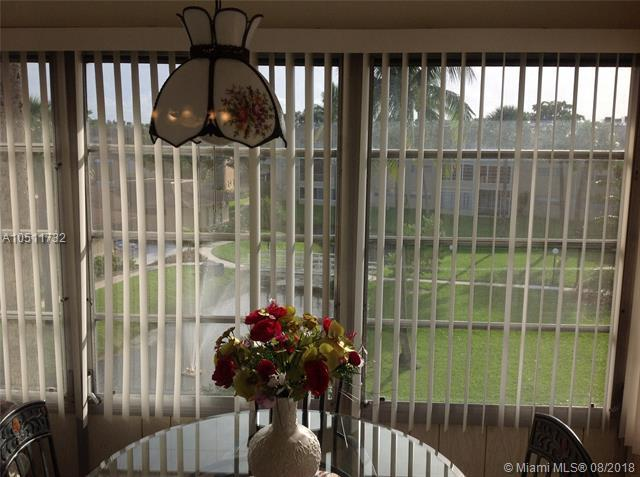 5071 W Oakland Park Blvd #304, Lauderdale Lakes, FL 33313 (MLS #A10511732) :: Green Realty Properties