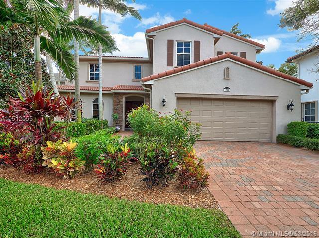 1222 Merlot Dr, Palm Beach Gardens, FL 33410 (MLS #A10512055) :: The Teri Arbogast Team at Keller Williams Partners SW
