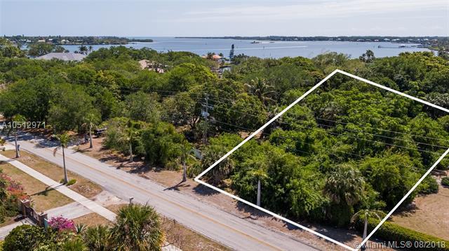 2373 SE Saint Lucie Blvd, Stuart, FL 34996 (MLS #A10512971) :: Stanley Rosen Group