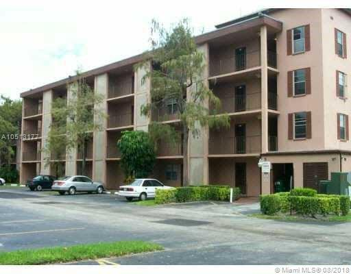2900 Nw 48 Ter #408, Lauderdale Lakes, FL 33313 (MLS #A10513177) :: Hergenrother Realty Group Miami
