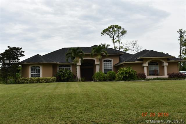 14716 N 83rd Ln N, Loxahatchee, FL 33470 (MLS #A10513332) :: Green Realty Properties