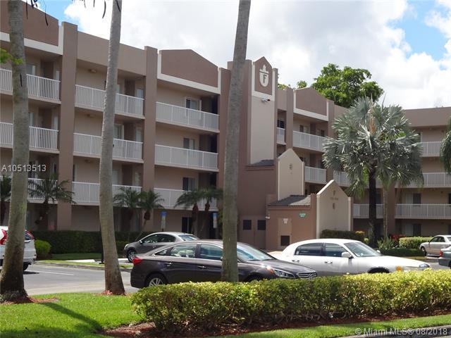 7715 Trent #108, Tamarac, FL 33321 (MLS #A10513513) :: Green Realty Properties