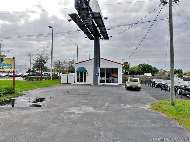 4413 S Us Highway 1, Fort Pierce, FL 34982 (MLS #A10513767) :: Miami Villa Team
