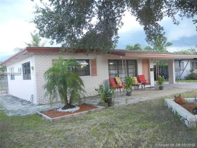 320 NW 39th St, Oakland Park, FL 33309 (MLS #A10513826) :: Prestige Realty Group