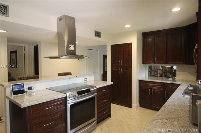 16351 S Cammi Ln #26, Weston, FL 33326 (MLS #A10514218) :: Green Realty Properties