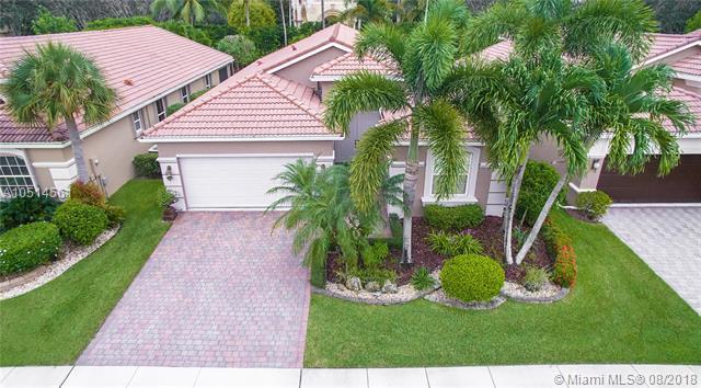 6620 Via Alfieri, Lake Worth, FL 33467 (MLS #A10514561) :: Stanley Rosen Group