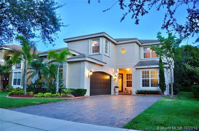 16376 SW 31st St, Miramar, FL 33027 (MLS #A10515162) :: United Realty Group