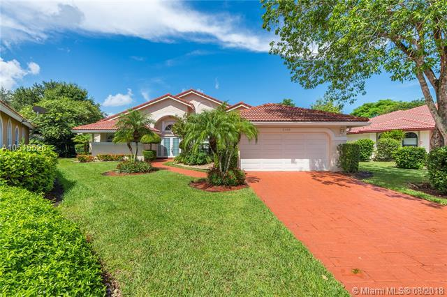 2140 W Oakmont, Coral Springs, FL 33071 (MLS #A10515526) :: Green Realty Properties