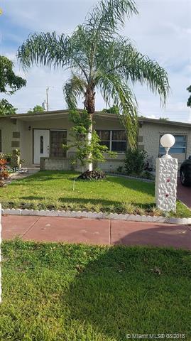 280 NE 45th St, Deerfield Beach, FL 33064 (MLS #A10515629) :: Green Realty Properties