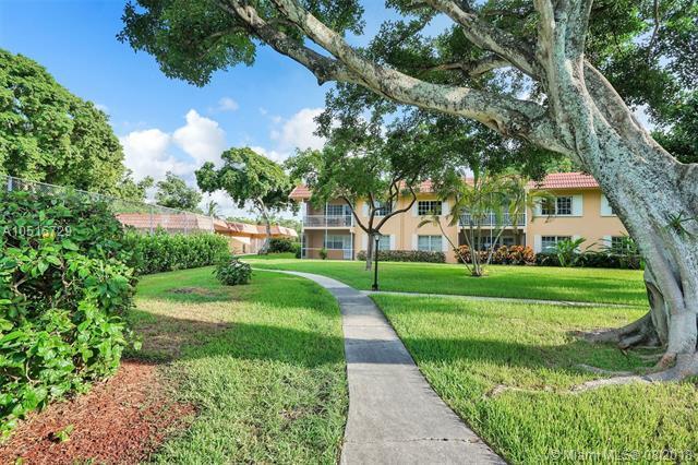 300 NE 19th Ct. 204N, Wilton Manors, FL 33305 (MLS #A10515729) :: Laurie Finkelstein Reader Team