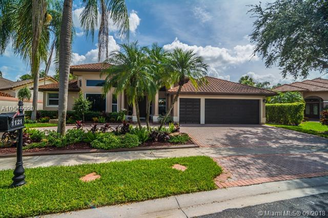 1121 SW 156th Ave, Pembroke Pines, FL 33027 (MLS #A10515920) :: The Teri Arbogast Team at Keller Williams Partners SW