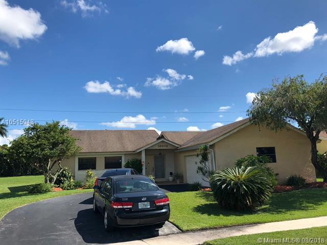 16902 SW 5th Way, Weston, FL 33326 (MLS #A10515948) :: Green Realty Properties