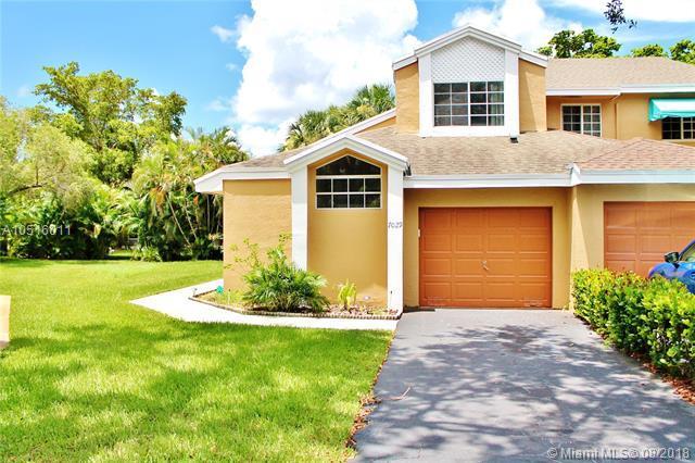 7029 Woodmont Way #7029, Tamarac, FL 33321 (MLS #A10516011) :: Green Realty Properties