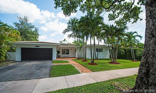 1519 Ancona Avenue, Coral Gables, FL 33146 (MLS #A10516369) :: Laurie Finkelstein Reader Team