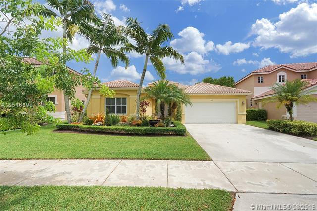 1622 Sandpiper Cir, Weston, FL 33327 (MLS #A10516598) :: Laurie Finkelstein Reader Team