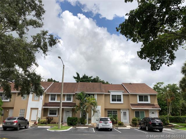 7148 Woodmont Ave #7148, Tamarac, FL 33321 (MLS #A10516826) :: Green Realty Properties