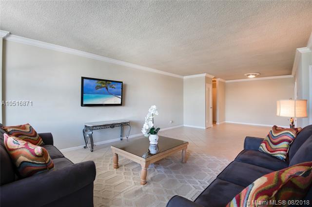 9225 Collins Ave #1105, Surfside, FL 33154 (MLS #A10516871) :: Keller Williams Elite Properties