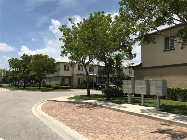 1953 Freeport Ln #1953, Riviera Beach, FL 33404 (MLS #A10517143) :: Stanley Rosen Group