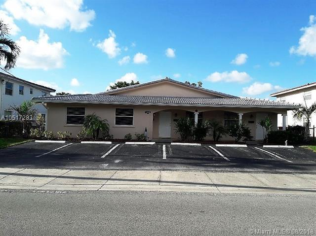 7891 NW 44th Ct, Coral Springs, FL 33065 (MLS #A10517283) :: Prestige Realty Group