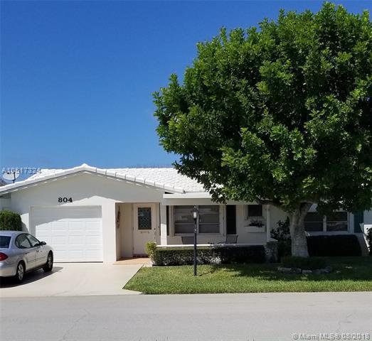 804 SW 15th St, Boynton Beach, FL 33426 (MLS #A10517324) :: Green Realty Properties