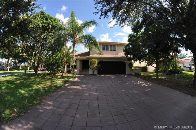 4520 NW 52nd St, Coconut Creek, FL 33073 (MLS #A10517416) :: The Riley Smith Group