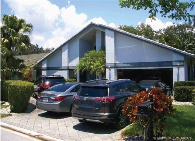 1941 Oakmont Ter, Coral Springs, FL 33071 (MLS #A10517495) :: Green Realty Properties