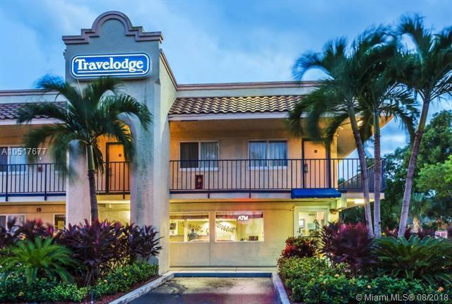 3651 W Blue Heron Blvd #102, Riviera Beach, FL 33404 (MLS #A10517677) :: Stanley Rosen Group