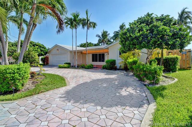 1280 SW 4th Ct, Boca Raton, FL 33432 (MLS #A10517831) :: Green Realty Properties