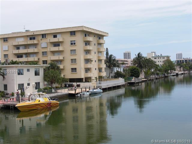 8400 Byron Ave 5F, Miami Beach, FL 33141 (MLS #A10518014) :: The Jack Coden Group