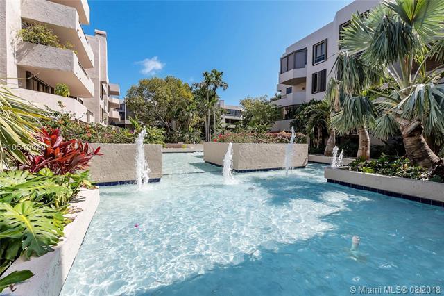 101 Crandon Blvd #377, Key Biscayne, FL 33149 (MLS #A10518020) :: Green Realty Properties