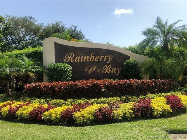 825 NW 30 C, Delray Beach, FL 33445 (MLS #A10518227) :: Stanley Rosen Group