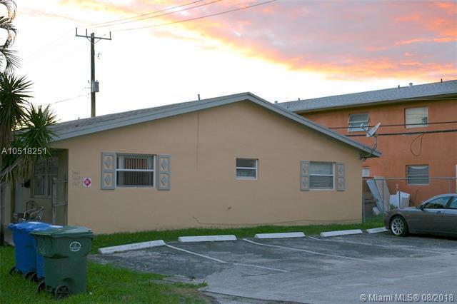 3661 Ne 1st Ter, Oakland Park, FL 33334 (MLS #A10518251) :: Green Realty Properties