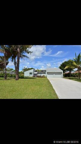 1132 SW Willow Lane, Palm City, FL 34990 (MLS #A10518279) :: Green Realty Properties