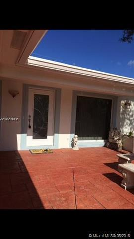 4770 NE 4th Ave, Fort Lauderdale, FL 33334 (MLS #A10518391) :: Green Realty Properties