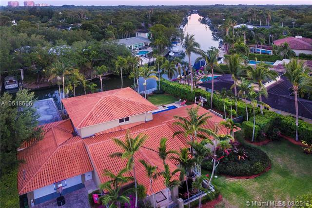 5343 Orduna Dr, Coral Gables, FL 33146 (MLS #A10518606) :: The Riley Smith Group