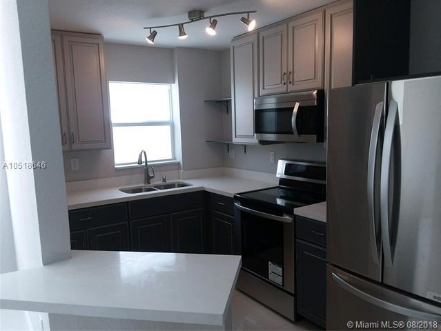 221 Meridian Ave #207, Miami Beach, FL 33139 (MLS #A10518646) :: Miami Lifestyle