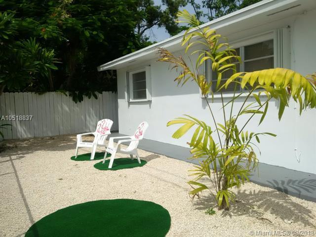 38 Silver Springs Drive, Other City - Keys/Islands/Caribbean, FL 33037 (MLS #A10518837) :: Green Realty Properties