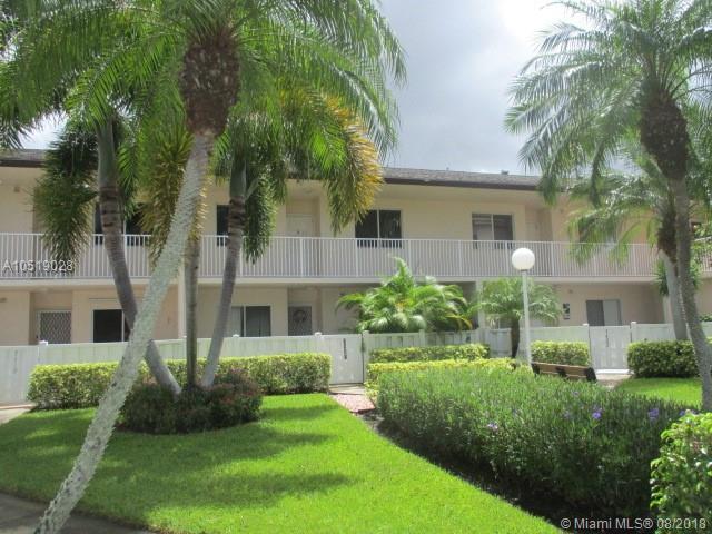 7445 N Devon Dr #205, Tamarac, FL 33321 (MLS #A10519028) :: Green Realty Properties