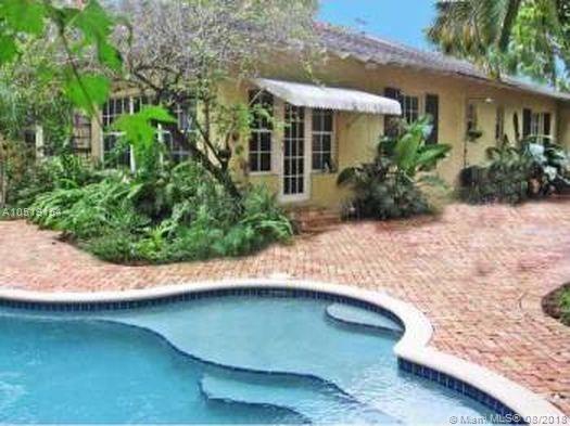 7607 NE 7th Ave, Miami, FL 33138 (MLS #A10519154) :: Miami Lifestyle