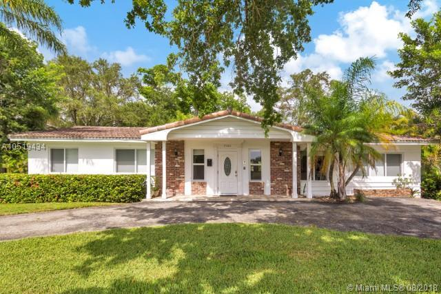 7380 SW 67th Ct, South Miami, FL 33143 (MLS #A10519434) :: Hergenrother Realty Group Miami