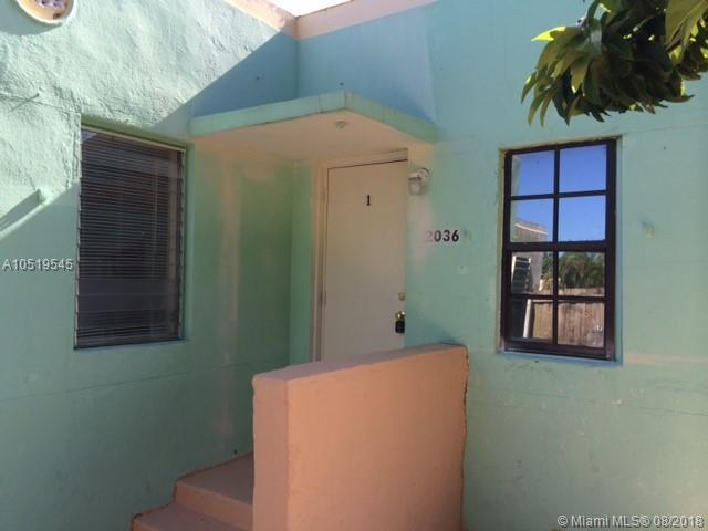 2036 Madison St, Hollywood, FL 33020 (MLS #A10519545) :: Laurie Finkelstein Reader Team
