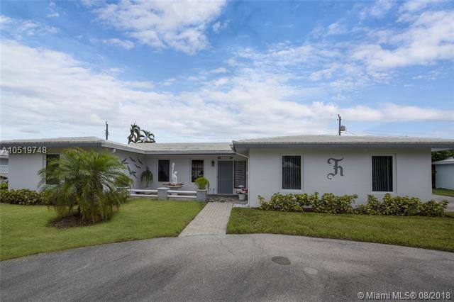 1230 SE 14th St, Deerfield Beach, FL 33441 (MLS #A10519748) :: Castelli Real Estate Services