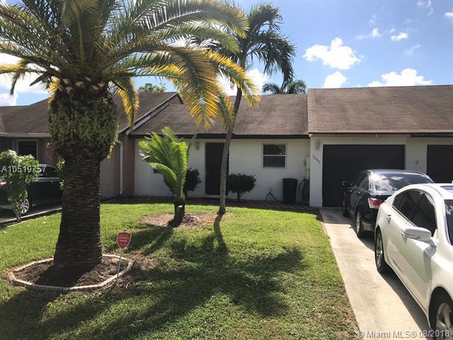 5680 Shillington Way, Lake Worth, FL 33463 (MLS #A10519757) :: Green Realty Properties